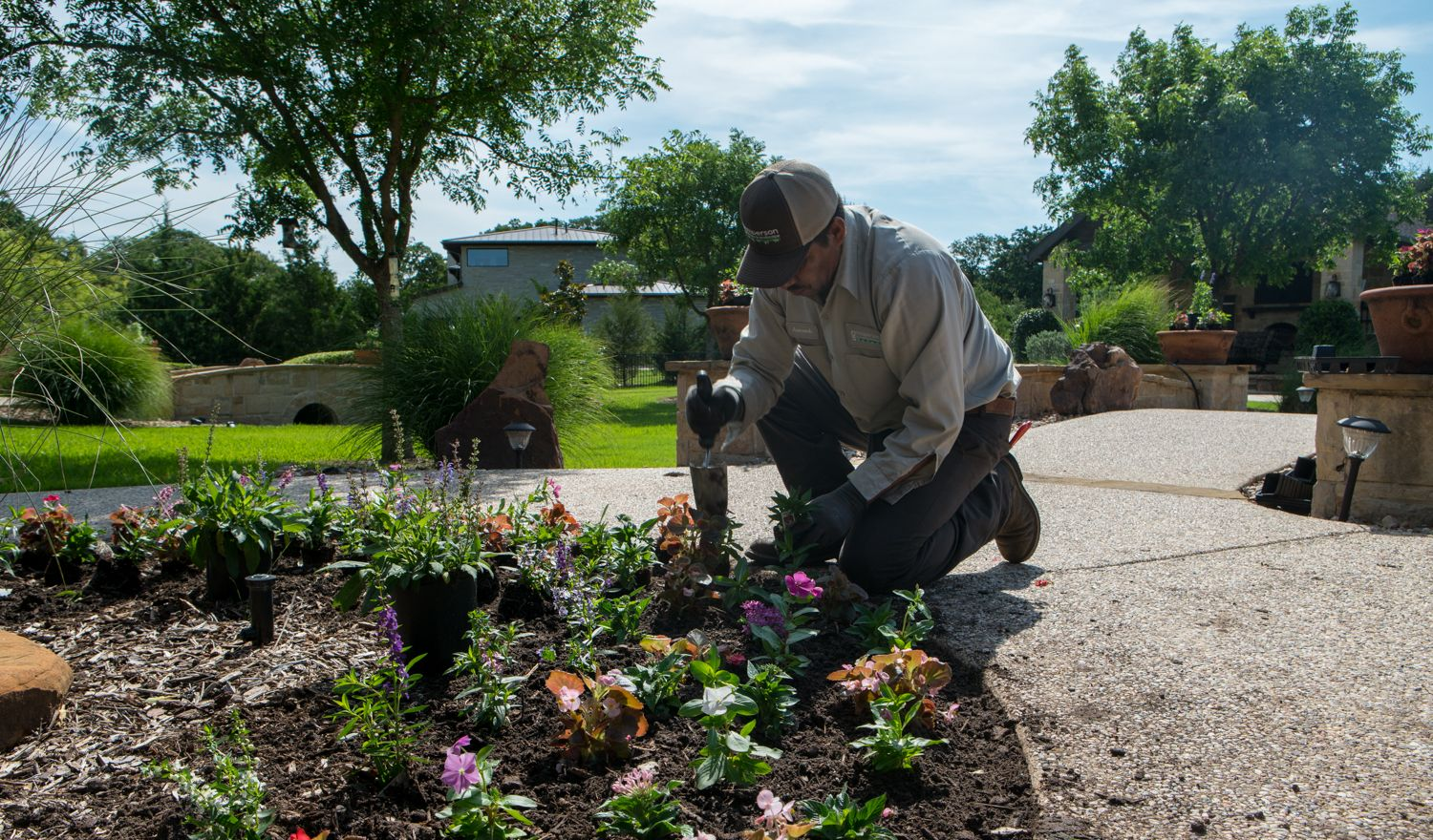 landscaping team flowers planting