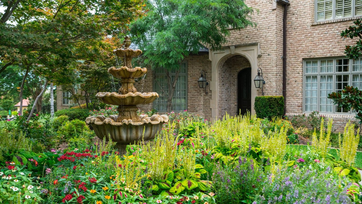 fountain-water-feature-plants-flowers-tree