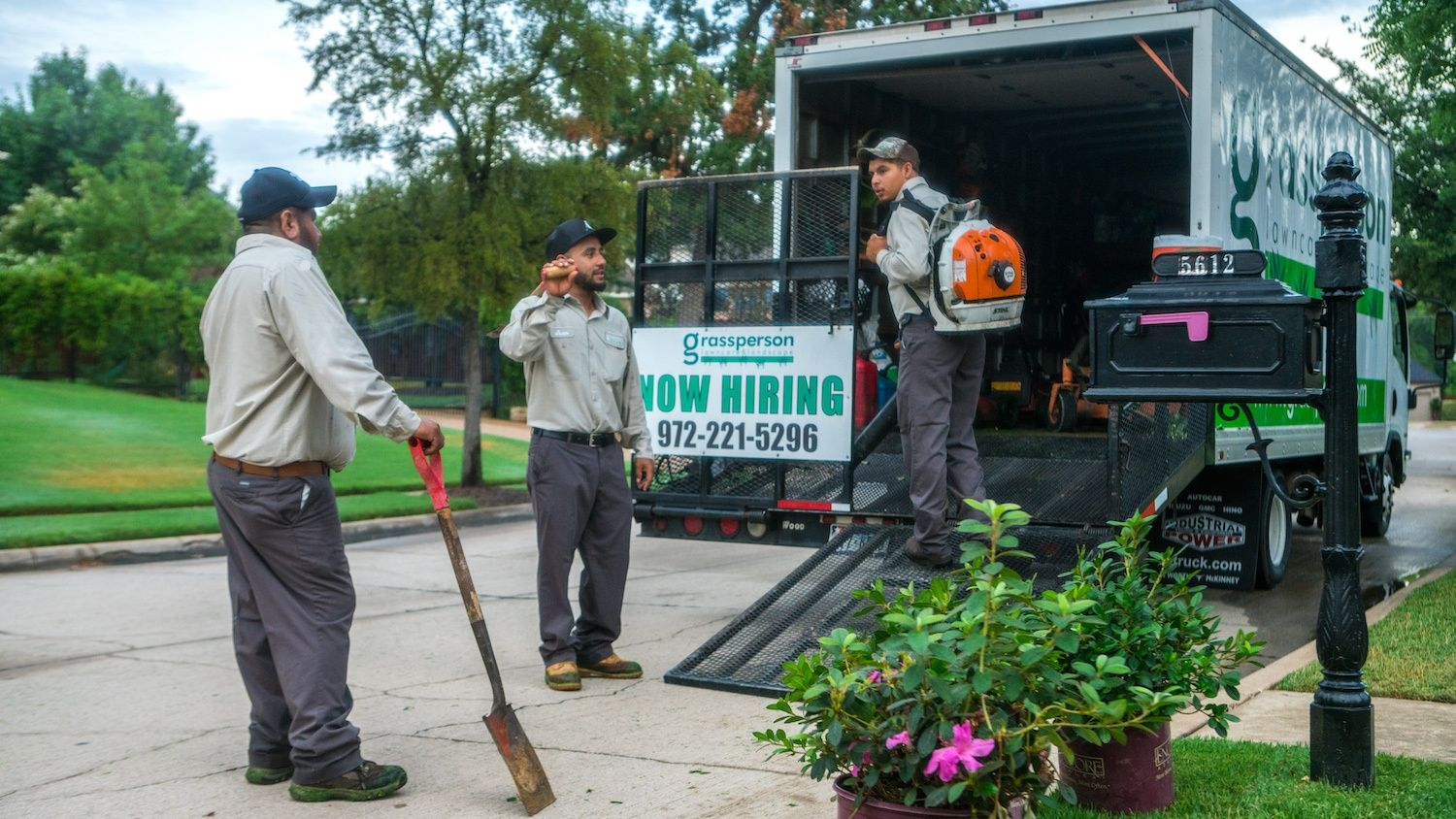 5 Ways to Advance Your Landscaping Career